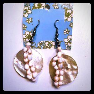 Hawaiian island natural seashell earrings